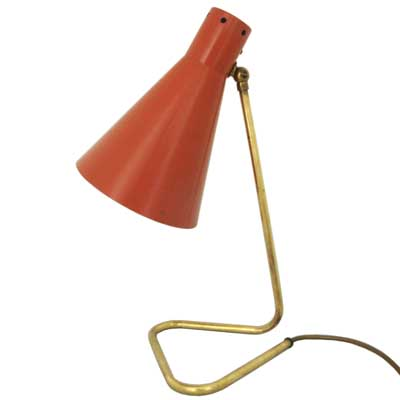 1950s articulated brass and powder coated table lamp (x040)