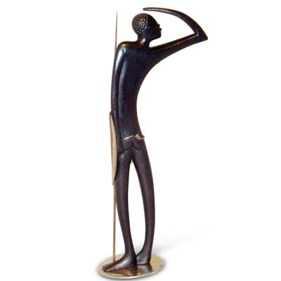 Art Deco figure of a native warrior by Hagenauer, Austria c1940s (gm504)