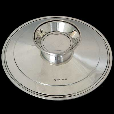 Art Deco solid silver tazza designed by Keith Murray for Mappin & Webb, England c1930 (gm091)
