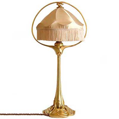 Art Nouveau gilded bronze table lamp by Eduard Colonna