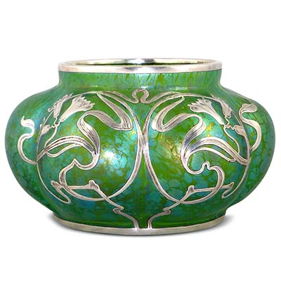 Art Nouveau Loetz green Papillon glass vase with silver overlay (gm586)