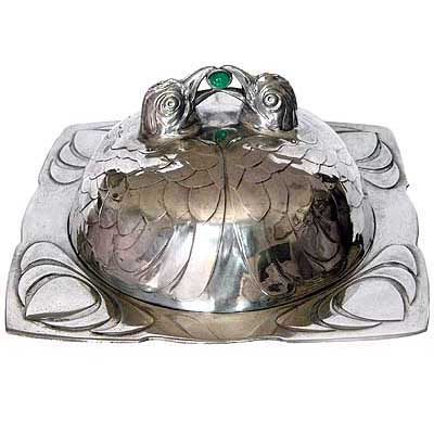 Art Nouveau pewter coverd dish by Osiris