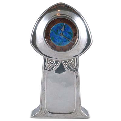 Arts & Crafts Tudric pewter clock attributed to David Veasey for Liberty & Co (gm296)
