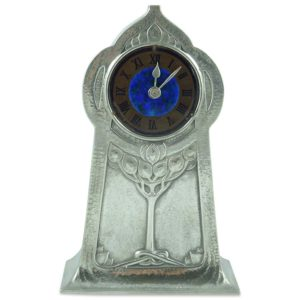 Arts & Crafts Tudric pewter clock by David Veasey for Liberty & Co (gm603)