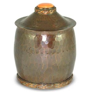 Arts & Crafts beaten and engraved copper and Ruskin ceramic box attributed to the Artificers Guild (gm912)