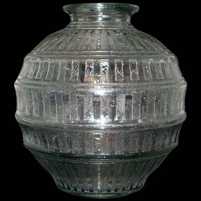 Massive Art Deco clear etched glass vase by Daum (gm691)