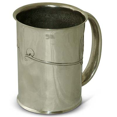 Tudric pewter Arts & Crafts mug designed by Archibald Knox for Liberty & Co (gm398a)