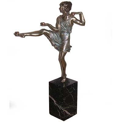b46b - Art Deco Figure